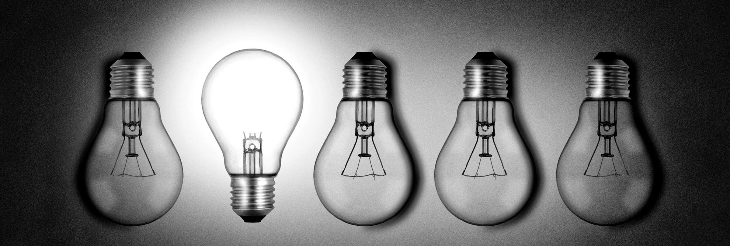 stockvault-illuminated-lightbulb-amid-dim-bulbs176767